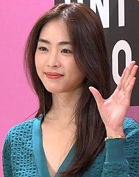 이연희 Lee Yeon Hee 탄성 자아내는 미모 @ 유니클로U 2019SS 시즌 컬렉션 런칭 (5).jpg