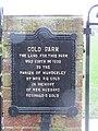 -2018-12-05 Gold Park dedication plaque, Mundesley (1).JPG