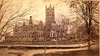 Peabody and Stearns - Image: 010 Elm St College Hall Smith College