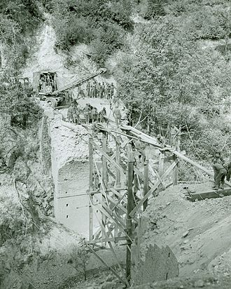 Acerno - The Italian 10th Engineer Battalion, 3rd Infantry Division on 12 September 1943 in Acerno repairing a bridge destroyed by the Germans.