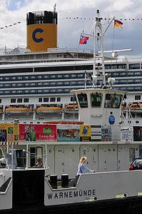 12-06-09-costa-fortuna-by-ralfr-12.jpg