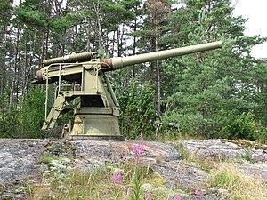 120mm 45 caliber Pattern 1892 - 120mm 45 caliber Pattern 1892 gun on Kuivasaari Island.