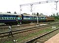 13352 Bokaro Express at Pithapuram railway station 02.jpg