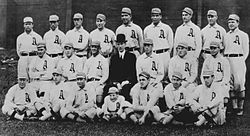 1911 Philadelphia Athletics team photo.jpeg