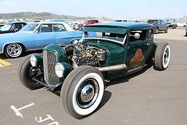 1930 Ford Model A Coupe Hot Rod (20755392089).jpg