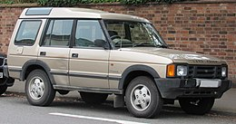 1993 Land Rover Discovery TDi 2.5 Front.jpg