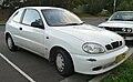 1998 Daewoo Lanos (T100) SE 3-door hatchback (2010-05-04).jpg