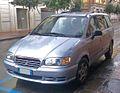 2001 Hyundai Trajet.jpg