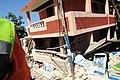 2010년 중앙119구조단 아이티 지진 국제출동100118 중앙은행 수색재개 및 기숙사 수색활동 (359).jpg