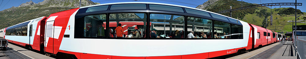 176° Panorama des Glacier Express in Andermatt
