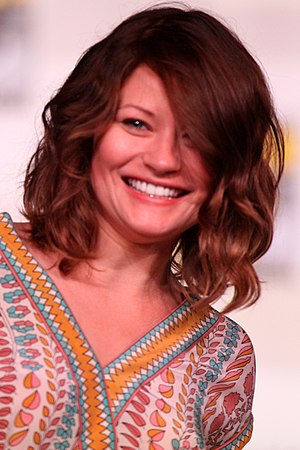 Skin Deep (Once Upon a Time) - Image: 20120714 Emilie de Ravin @ Comic con cropped