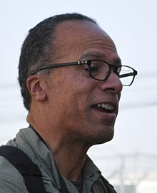2012 Lester Holt by US Army (cropped) 2.jpg