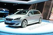 https://upload.wikimedia.org/wikipedia/commons/thumb/8/8d/2014-03-04_Geneva_Motor_Show_0986.JPG/220px-2014-03-04_Geneva_Motor_Show_0986.JPG