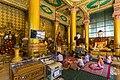 2016 Rangun, Pagoda Szwedagon (007).jpg