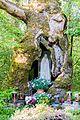 2017-05-10 Naturdenkmal 1 Stieleiche mit Andachtsstätte 5.jpg