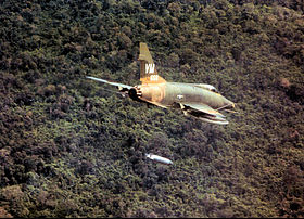 352d Tactical Fighter Squadron - F-100 Super Sabre.jpg