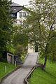 AR Herisau Ehemalige Villa Buff am Nieschberg road leading to villa.jpg