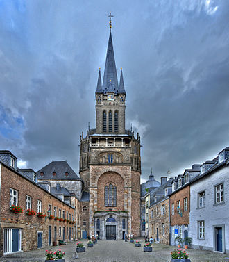 Aachen Cathedral - Aachen Cathedral seen from the west