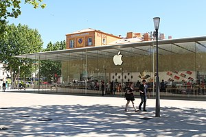 Apple Store - Apple Store in Aix-en-Provence, France.