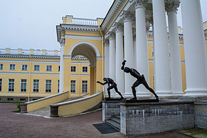 Alexander Palace sculptures (11 of 11).jpg, автор: Flying Russian