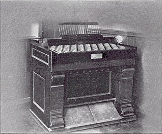 Enharmonic keyboard - Joseph Alley's enharmonic reed organ (USA, 1867?). 5-limit JI non closed