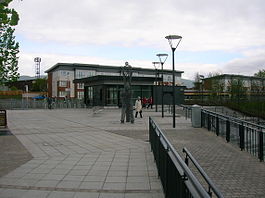 Alloa station frontage.JPG
