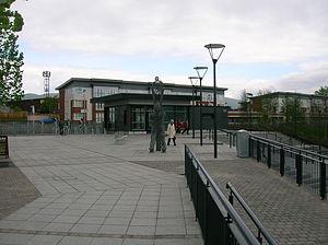 Alloa railway station - Image: Alloa station frontage
