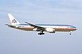 American Airlines Boeing 777-223(ER) (N771AN-29579-190) (14551348173).jpg