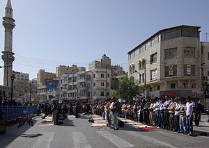 Freitagsgebet vor der al-Husseini-Moschee