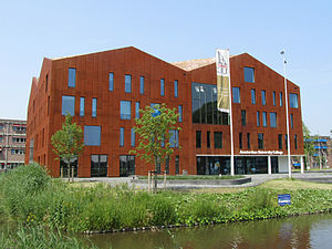 Amsterdam University College - The AUC building at Amsterdam Science Park.