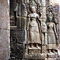 Angkor Thom, Siem Reap, Cambodia - panoramio (4).jpg