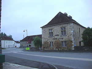 Aroue-Ithorots-Olhaïby - The Town Hall at Aroue
