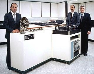 NIST-7 atomic clock