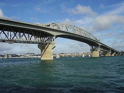 How to get to Auckland Harbour Bridge with public transport- About the place