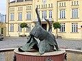 Bützow Gänsebrunnen 2012-04-29.jpg