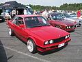 BMW 320i E30 (14269021664).jpg