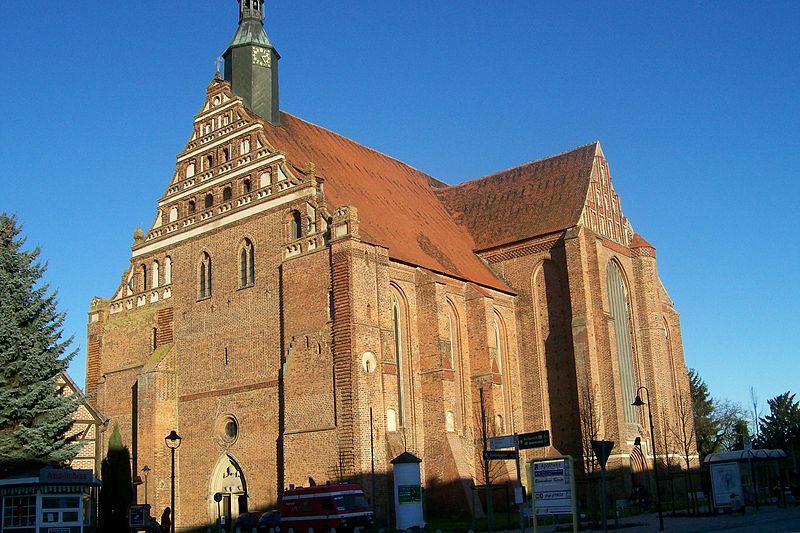 File:BadWilsnackWunderblutkirche.jpg