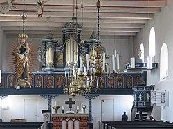 Bagbander Kirche Orgel.jpg