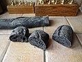 Baguette au charbon actif 02.jpg