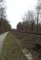 Bahnstecke München–Regensburg zwischen Freising und Marzling.jpg