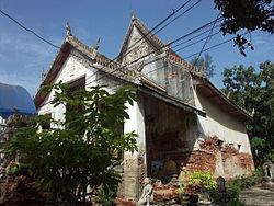 Bangkok Chalor temple 003.JPG