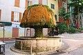 Barjols Fontaine du Champignon.jpg