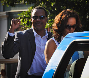 Barry Larkin - Larkin at the 2013 Baseball Hall of Fame induction parade