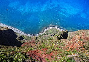 Cabo Girão - The cliff face of Cabo Girão as seen straight down from viewpoint