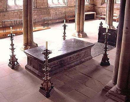 Bede's tomb in the Galilee Chapel at the west end of Durham Cathedral Bede.jpg