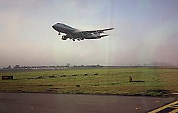 Behind the landing 747, line up - Gatwick 1997