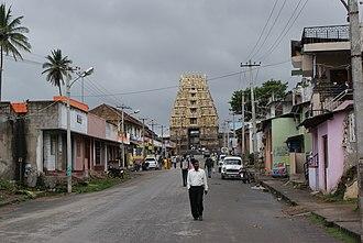 Belur, Karnataka - Image: Belur street towards Chennakesava temple