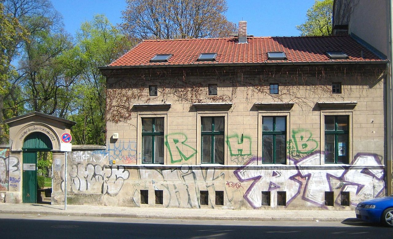 datei berlin mitte kleine rosenthaler strasse portal und waerterhaus. Black Bedroom Furniture Sets. Home Design Ideas