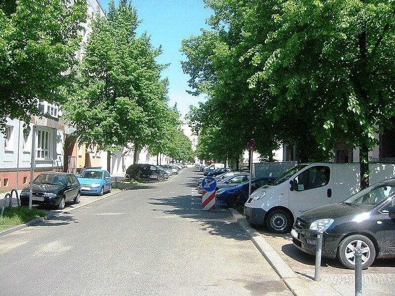 File:Berlin-Friedrichshain Kinzigstraße.jpg