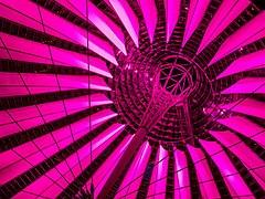 Berlin Potsdamer Platz Sony Center Dach 1210082-PSD.jpg